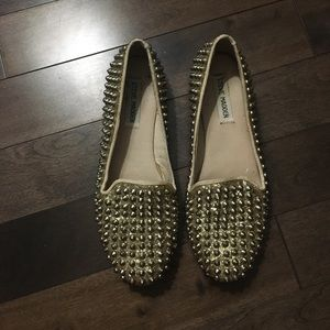 Steve Madden gold studded loafers size 8